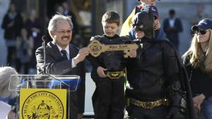 Batkid getting key to city 2